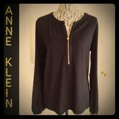 Host PickAnne Klein fashion knit top Black fashion knit top made by Anne Klein. Very comfy and comfy material. Long sleeves with elastic around the bottom sleeves. Very flowy not tight fitting. Gold front Zipper. Anne Klein Tops