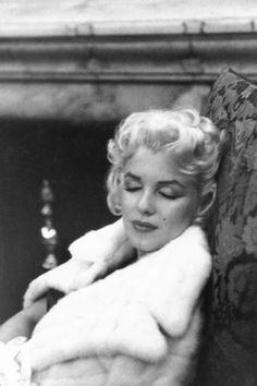 Marilyn Monroe and the Camera: бесконечный материал. Marilyn Monroe 1962, Marilyn Monroe Photos, Golden Age Of Hollywood, Vintage Hollywood, Classic Hollywood, Elia Kazan, Joe Dimaggio, Gentlemen Prefer Blondes, Good Morning World