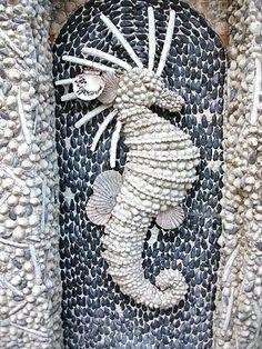 Google Image Result for http://1.bp.blogspot.com/-Mz06Aa5LnIQ/UBSquMueDbI/AAAAAAAAk78/pF7OF3t6A40/s400/shell-garden-mosaic.JPG