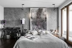 20 najpiękniejszych sypialni 2019 roku - Galeria - Dobrzemieszkaj.pl Studio, Bed, Furniture, Home Decor, Decoration Home, Stream Bed, Room Decor, Studios, Home Furnishings