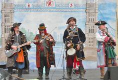 Caroling Pirates 2013