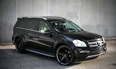 Lexani Wheels, the leader in custom luxury wheels.  Mercedes GL450 on R-Four Custom Finish