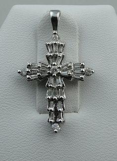 925 Sterling Silver Gold-plated Satin /& Diamond-cut Budded Crucifix Charm Pendant