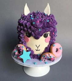 Llama cake instead of unicorn cake - Kuchen Ideen - Mini Cakes, Cupcake Cakes, 12 Cupcakes, Dog Cakes, Beautiful Cakes, Amazing Cakes, Gateau Harry Potter, Decoration Patisserie, Gateaux Cake