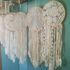 - Craft Show Display Ideas fotoshooting deko ideen Doily Dream Catchers, Dream Catcher Boho, Dream Catcher Wedding, Diy Wedding, Gypsy Wedding, Wedding Ideas, Hand Embroidery Designs, Embroidery Ideas, Wedding Embroidery
