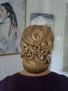 Haircut with buns #hot #sexy #hairstyles #hairstyle #hair #long #short #medium #buns #bun #updo #braids #bang #greek #braided #blond #asian #wedding #style #modern #haircut #bridal #mullet #funky #curly #formal #sedu #bride #beach #celebrity #simple #black #trend #bob #girls
