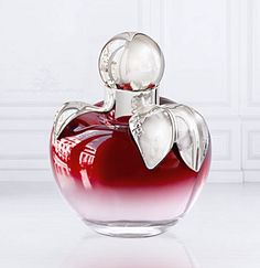 Dear Mary I have chosen L'Elixir by Nina Ricci. I don't know the perfume myself but the bottle looked interesting, so I thought you could try it and let me know :) Hope you are enjoying you're week xx
