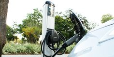 NIssan LEAF Charging (Charged)