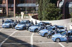 Al volante Auto della Polizia stradale: consegnate le nuove BMW 320d Touring per gli agenti [multipage]  Prosegue il doveroso rinnovamento del parco autoveicoli in dotazione alla Polizia stradale per troppi anni colpevolmente trascurato da una politica ottusa che non sa #volante #alvolante #motori #inchieste #prove #automobilismo