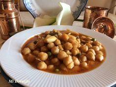 Potaje de garbanzos con jibia (sepia)