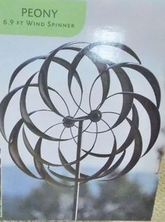 Wagon Wheel Wind Spinner With Twisted Stake   Garden Spinners   Pinterest    Wagon Wheels