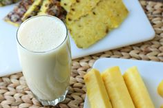 This Pineapple Lemonade Smoothie Will Fight Spring Allergies and Reduce Inflammation