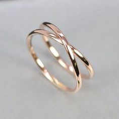Beautiful Jewelry Rose Gold Infinity Ring, Eternity Band, Unique Wedding Band, sizes this listing, Sea Babe Jewelry Stylish Jewelry, Cute Jewelry, Jewelry Accessories, Fashion Jewelry, Jewelry Rings, Jewellery Box, Jewelry Ideas, Pandora Jewelry, Jewellery Shops