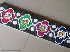 Quick and easy colorful border rangoli Simple Rangoli Designs Images, Free Hand Rangoli Design, Small Rangoli Design, Rangoli Border Designs, Rangoli Designs With Dots, Beautiful Rangoli Designs, Kolam Designs, Rangoli Borders, Rangoli Patterns