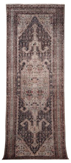 A Persian rug late 19th early 20th cenrtury cm 600x230.  from cambi casa d'este