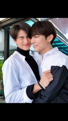 Chi Cheng, Speaker Plans, Thailand Elephants, No Min Woo, Cute Gay Couples, E Type, Boys Like, Thai Drama, Ten