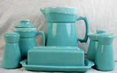 1965 HULL CRESTONE turquoise white drip stoneware set