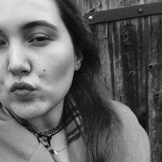 Laura Hohmann Black and White Kiss