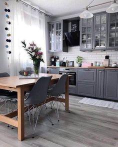 21 Creative Grey Kitchen Cabinet Ideas for Your Kitchen - Design della cucina Interior Modern, Kitchen Interior, New Kitchen, Kitchen Decor, Interior Design, Kitchen Wood, Kitchen Ideas, Kitchen White, Kitchen Modern