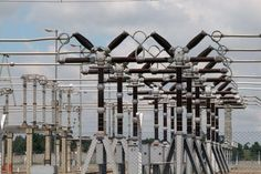 Power Generation drops to 2900MW as Fashola identifies major problems: ….As FEC approves contract for completion of Ododiyan transmission…