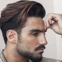 Mens hairstyles 50 Polished Ivy League Haircuts for Men - Men Hairstyles World Medium Length Hair Men, Medium Hair Cuts, Short Hair Cuts, Medium Hair Styles, Short Hair Styles, Mens Medium Length Hairstyles, Quiff Hairstyles, Cool Hairstyles, Hairstyle Men