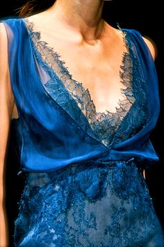 leafy lace neckline on azure gown by Alberta Ferretti  From chiffon et ribbons