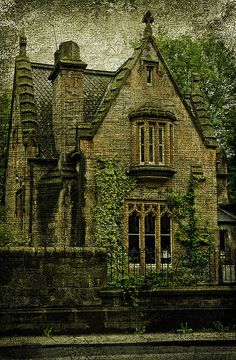 Cinderlla, Baker/Baker's Wife, and Jack's house. [Gothic House | Flickr - Dalry Cemetery, Edinburgh]