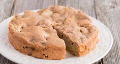 Dieser vegane Apfelkuchen ohne Ei, Butter, Zucker und Milch ist ein toller, gesunder Kuchen für Babys, Kinder und Erwachsene!