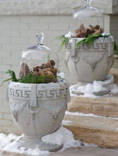 Outdoor Winter Wedding Decorations | outdoor pinecone winter decor | Melissa's Wedding