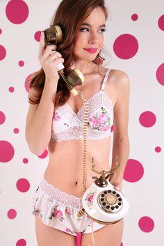 812c420b4 Short Doll algodão Floral e renda elastano True Love FiuJu. paiva · lingerie