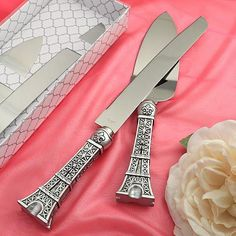 This Eiffel Tower design cake set from the From Paris With Love Collection puts a sweet touch of romantic style in your day Every little detail that you add to