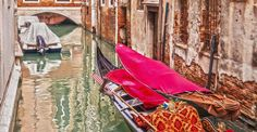 Having fun with the gondolas by Joanne  on 500px