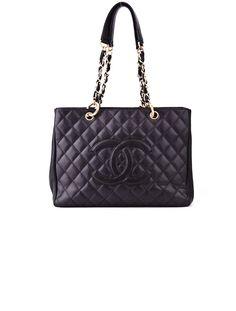 Chanel Tote. #chanel #tote #handbag