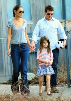 Tom Cruise, eTom Cruise has not seen his daughter Suri in 100 days Read more: http://www.luxuryandlifestyles.com/tom-cruise-has-not-seen-his-daughter-suri-in-100-days/#ixzz2kNCCupq8x-wife Katie Holmes and Suri