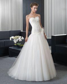 Dathybridal 綺麗な ハートカット アウトドア-ガーデン A ライン ブライダルドレス ウェディングドレス Hro0120