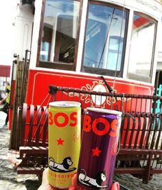 Lisboa muito moderna. Fomos visitar o Museu Da Carris e andamos no primeiro bonde elétrico. O bonde leva os visitantes de uma área à outra do Museu. Super vale a visita!! e neste mesmo local está o Village Underground espaço descolado com café e restaurante. Para refrescar fomos de Bos. Lisboa super cool.  Os Tours Personalizados da Lu Moreda que participa do blog Mari pelo Mundo partem de lá!  @lu_moreda  Melhor lugar impossível.  #villageundergroundlisboa #bosmoments #wonderfuldestinations…