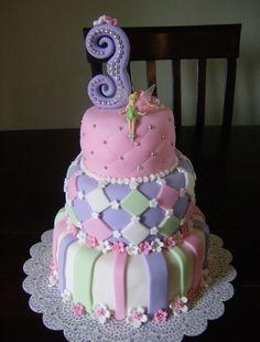 Tinkerbell birthday cake :) super cute @ Reva Eubanks we can make this for kiddo!!