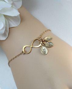 10 Sale  Gold Infinity Bracelet Personalized by MenuetDesigns, $29.50. I love bracelets!