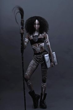 african tribal body paint designs -by unknown artist. Love this Total Look. duper cool tribal -but she is carrying a laptop? a DJ mixer? African Beauty, African Art, African Fashion, African Tribal Makeup, Tribal Fashion, Black Is Beautiful, Tribal Body Paint, Costume Africain, Tribal Warrior