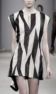 Graphic patterned leather dress; fashion details // J. Mendel Spring 2016
