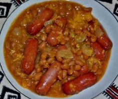 Crockpot Baked Beans and Weenies