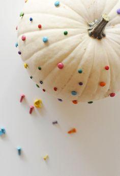 Brad studded pumpkin #DIY #Pumpkin #Vegan