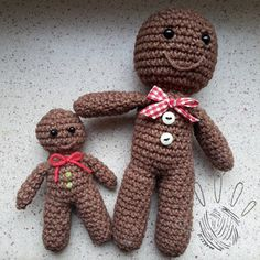 by ania: Gingerbread Man Christmas Ornament - free crochet pattern.