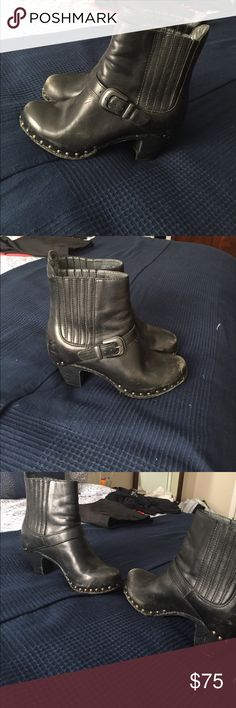 Dansko black booties Dansko black booties size 37 Dansko Shoes Ankle Boots & Booties