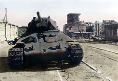 Knocked out T34 tank in Stalingrad oktober 8. 1942.