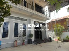$800 Per month - An elegant house for lease is located in Svay Dangkum commune, Siem Reap town…