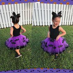 tutu de vampirina - Buscar con Google Halloween Birthday, 2nd Birthday Parties, Baby Birthday, Batgirl, Hotel Transylvania Party, Festa Monster High, Tulle Material, Fantasias Halloween, Black Felt