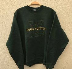 Image of Vintage Louis Vuitton Sweater Lazy Outfits, Cute Casual Outfits, Retro Outfits, Fashion Outfits, Aesthetic Hoodie, Aesthetic Clothes, Urban Aesthetic, Louis Vuitton Sweater, Trendy Hoodies