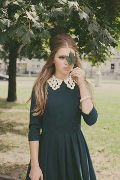 don't understand why theres a leaf in front of her face...but cool dress.