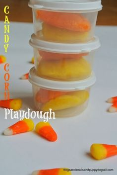(FSPDT): Glitter & Scented Candy Corn Playdough. fun party favors for class parties.